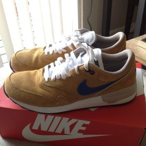 Mens Nike Air Odyssey leather shoes sneakers 10